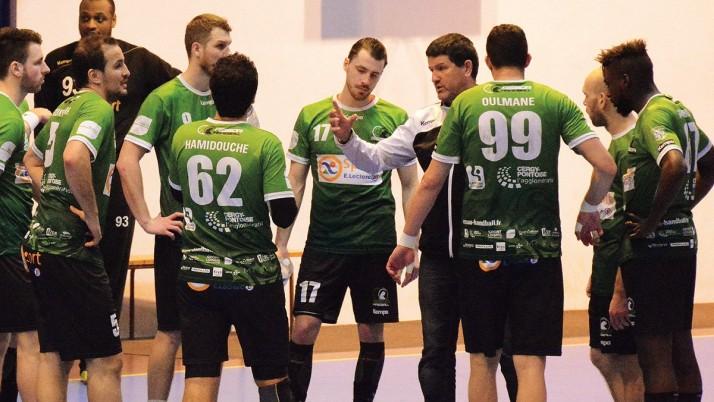 L'ASSOA Handball s'impose nettement à St-Mandé